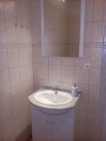 apartmán B4 koupelna