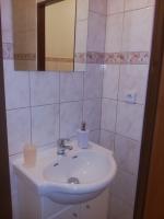 pokoj B2 koupelna
