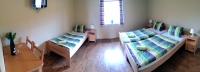 třílůžkový pokoj penzion Strachotín