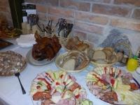 Degustace občerstvení, raut, pečené sele
